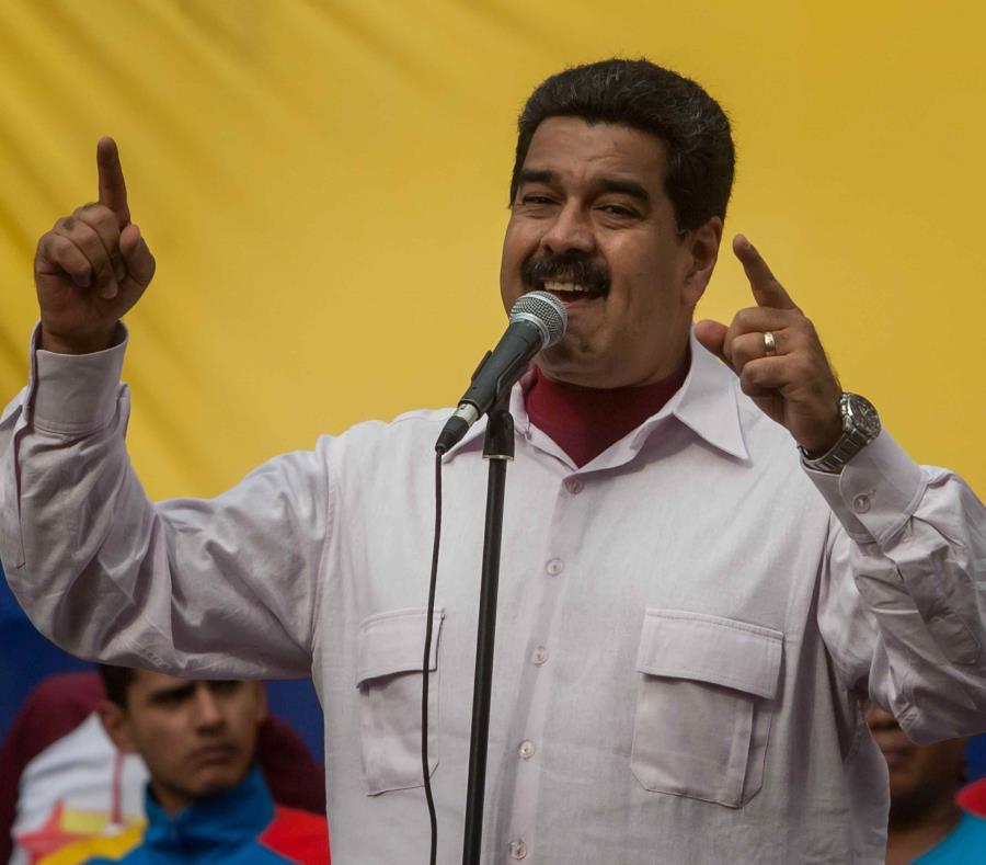 El líder chavista aseguró que el 80% del país ya cuenta con suministro eléctrico (semisquare-x3)