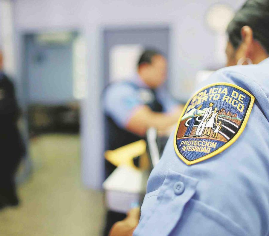 La mujer policía fue trasladada hasta el Centro Médico de Río Piedras (semisquare-x3)