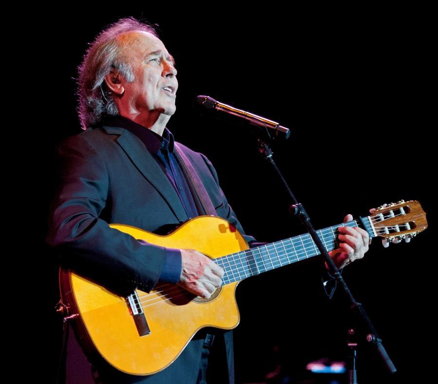 Joan Manuel Serrat durante un concierto en Girona. (EFE / Robin Townsend) (semisquare-x3)
