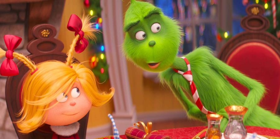 En la foto, una escena de la película de Universal Pictures, los personajes Cindy-Lou Who y el Grinch. (AP) (horizontal-x3)