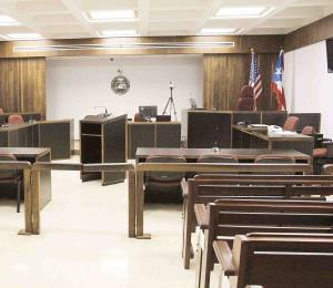 Indignación en la corte