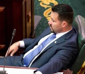 El Senado cancela contrato a la esposa del legislador Samuel Pagán