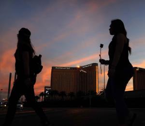 El hotel MGM de Las Vegas demanda a las víctimas de la mayor balacera de EE.UU.