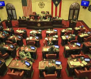 Descontrol en la Legislatura