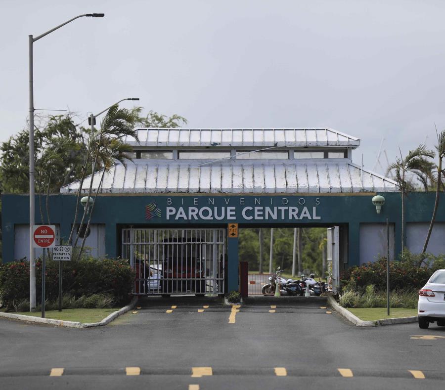 Entrada al Parque Central en San Juan. (GFR Media) (semisquare-x3)