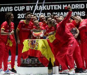 Rafael Nadal sella victoria de España en la Copa Davis