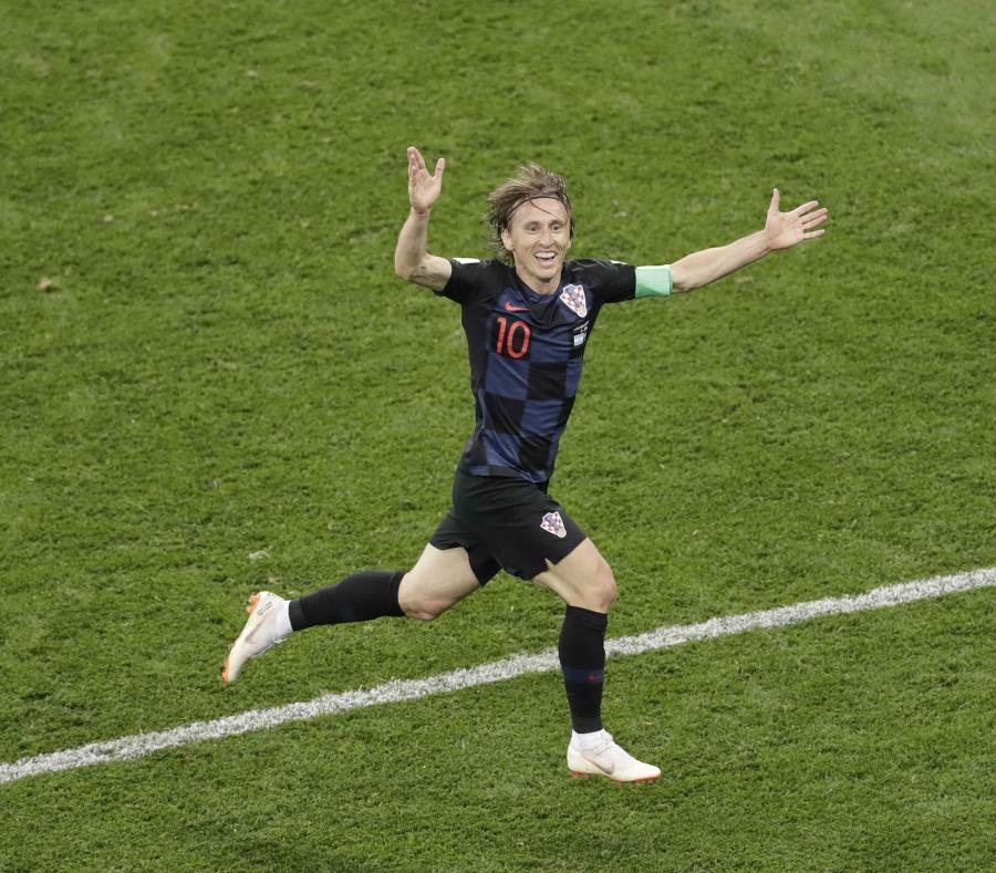 El croata Luka Modric festeja su gol contra Argentina el 21 de junio en Nizhny Nóvgorod, Rusia, en la fase inicial de la Copa Mundial. (AP) (semisquare-x3)
