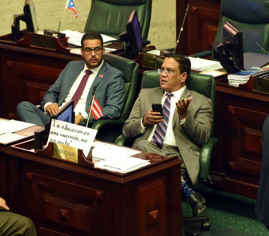 Los legisladores Jesús Manuel Ortiz y Carlos Bianchi emplazaron al gobernador a desautorizar los ascensos. (GFR Media) (semisquare-x3)