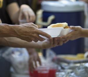 Pobreza y desigualdad: el complejo nudo de la crisis puertorriqueña