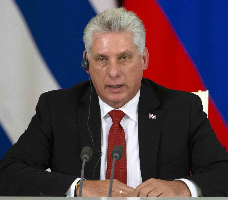 El presidente de Cuba Miguel Díaz-Canel también sostuvo reuniones con el mandatario ruso Vladimir Putin. (AP) (semisquare-x3)