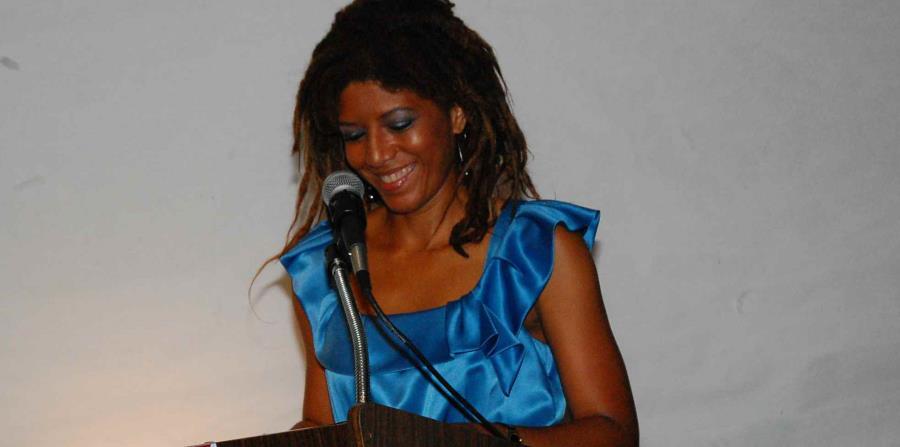 Yvonne Denis Rosario (horizontal-x3)