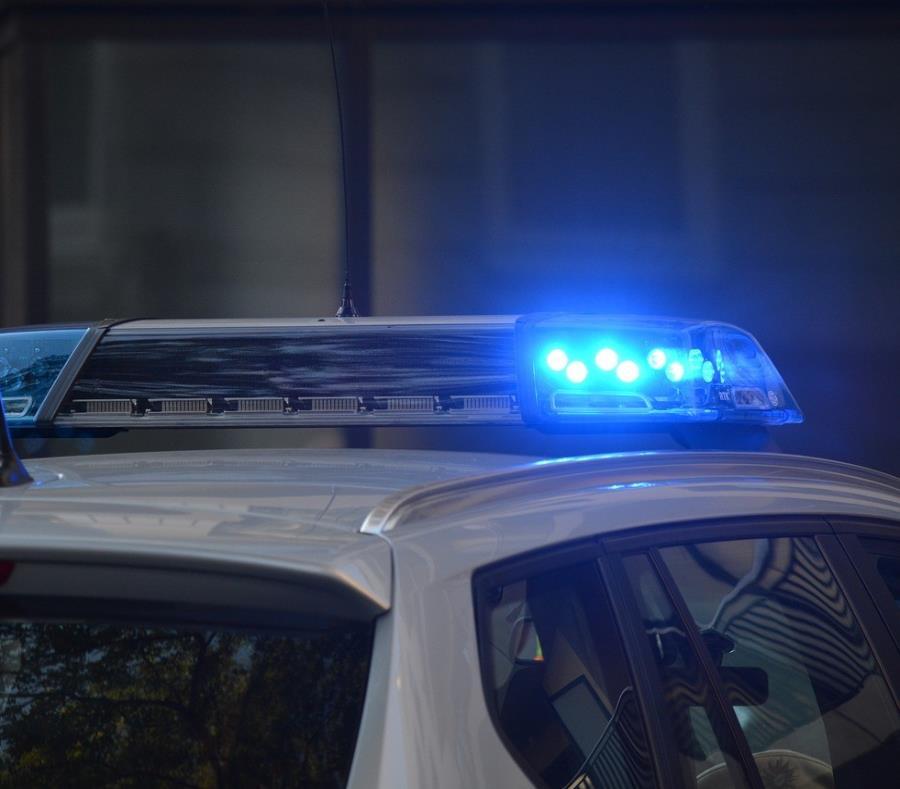 Los oficiales recibieron tratamiento médico. (semisquare-x3)