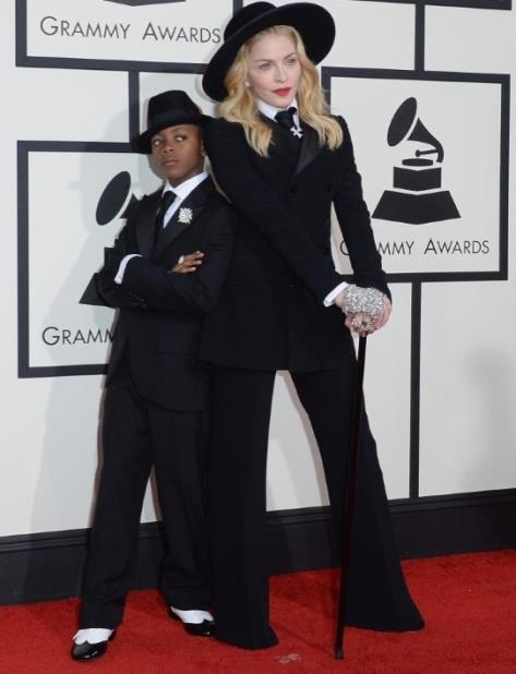 En una foto del 2014, la cantante Madonna posa junto a su hijo David Banda. (GFR Media) (vertical-x1)