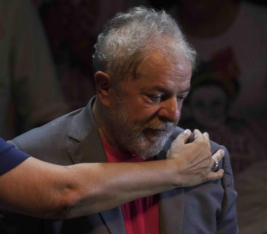 El ex presidente brasileño Luiz Inacio Lula da Silva en un evento en Río de Janeiro el 2 de abril del 2018. (AP) (semisquare-x3)