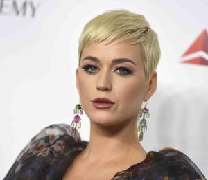 Katy Perry y Orlando Bloom anuncian su compromiso