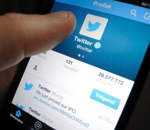 """Cofundador de Twitter afirma que eliminaría los """"likes"""" de la red social"""