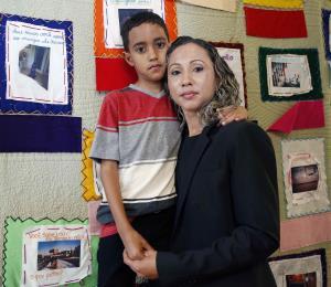 Los niños inmigrantes dicen pasar hambre y frío en los centros de detención