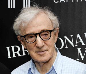 Woody Allen rechaza las acusaciones de abuso de Dylan Farrow