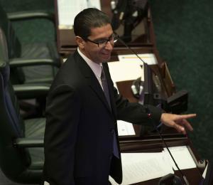 Comisión de Ética desestima querella contra Rodríguez Aguiló