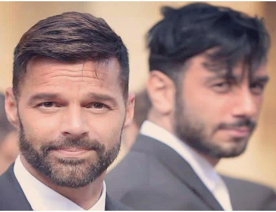 Ricky Martin presenta a su hija