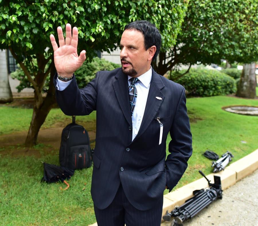 El monitor Arnaldo Claudio adelantó que su informe sobre los enfrentamientos del 1 de mayo pasado señala fallas en el manejo del evento. (GFR Media) (semisquare-x3)