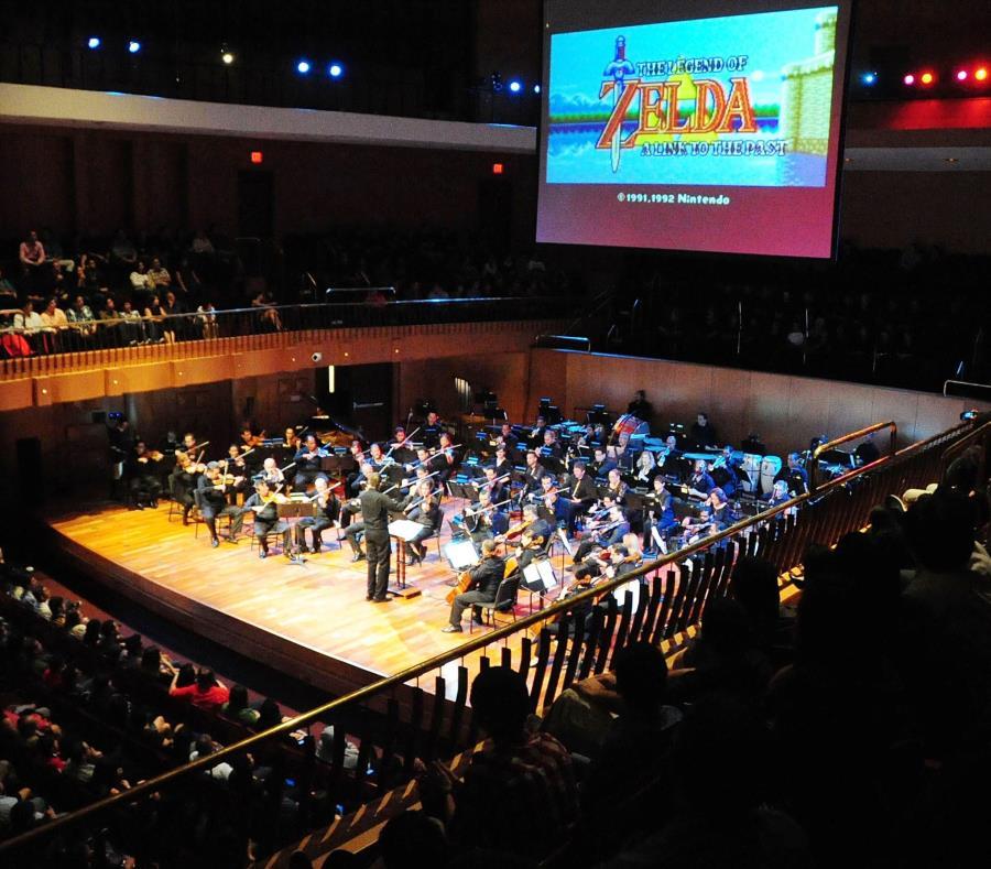 La orquesta presenta seis conciertos anuales con temas de películas, videojuegos y musicales de Broadway. (semisquare-x3)