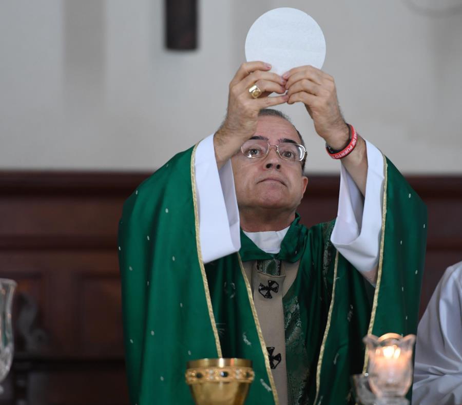 El arzobispo Roberto González Nieves estimó en unos $600,000 los gastos legales de la Arquidiócesis de San Juan. (semisquare-x3)