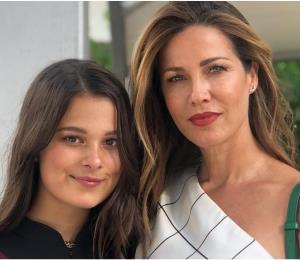 Manuela, la hija de Alejandro Sanz se graduó del bachillerato