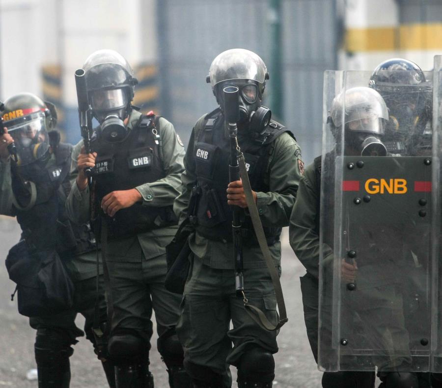 Efectivos de la Guardia Nacional Bolivariana participaron en el control del motín (semisquare-x3)