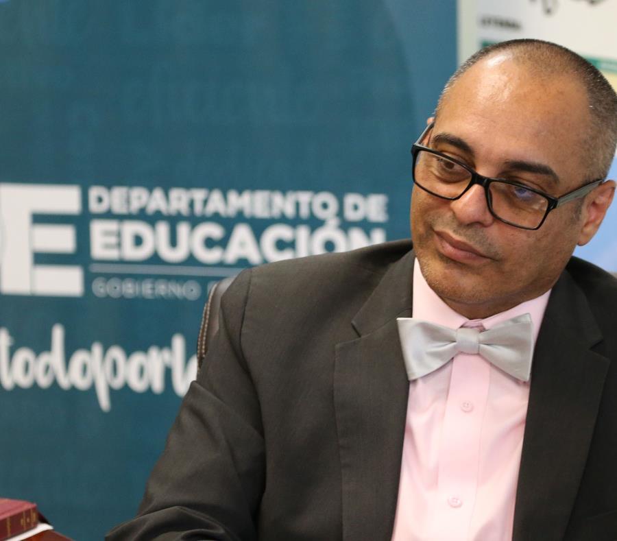 El secretario interino de Educación, Eligio Hernández. (GFR Media) (semisquare-x3)