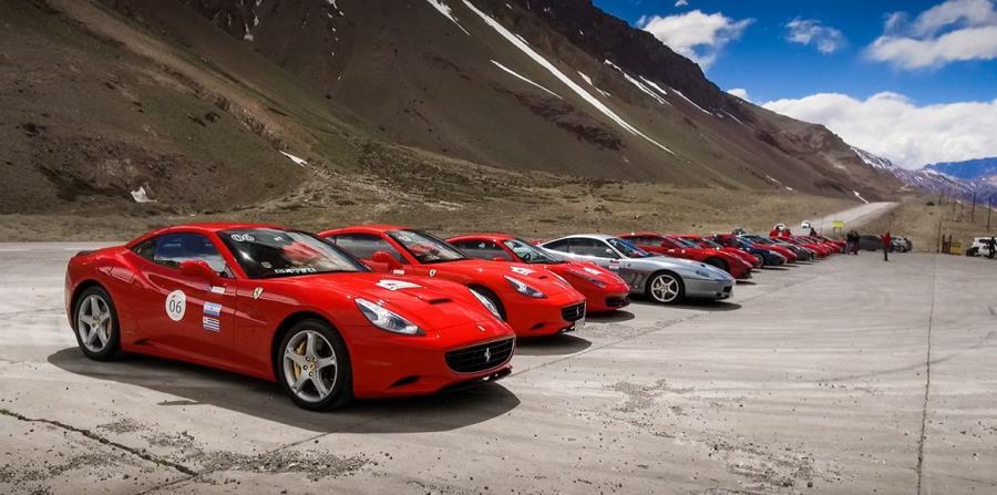 50 Ferraris Recorreran 3 000 Kilometros Entre Argentina Y Chile El