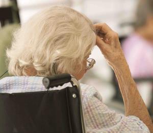 Apoyo al trabajo social para proteger a nuestros ancianos