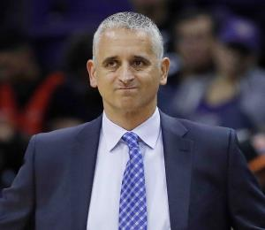 Suns despiden a su dirigente Igor Kokoskov