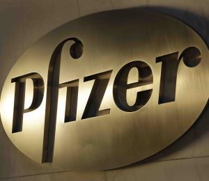 Pfizer congela aumento en los precios de 40 medicamentos tras críticas de Trump