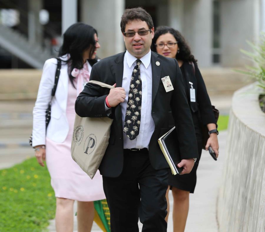 El licenciado Manuel Moraza, abogado de la defensa. (GFR Media) (semisquare-x3)