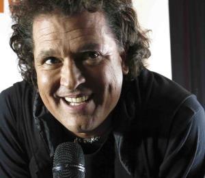"""La Fundación Cultural Latin Grammy crea la """"Beca Carlos Vives"""""""