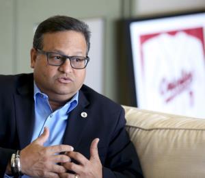 William Miranda solicita un plan de trabajo para electrificar Caguas