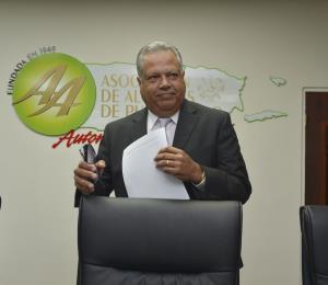 Josian Santiago confirma que no aspirará a la gobernación por el PPD