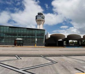 Estados Unidos ordena reembolsar vuelos que fueron cancelados por el coronavirus