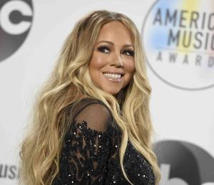 """Mariah Carey demanda a una exasistente por unos vídeos """"íntimos"""""""