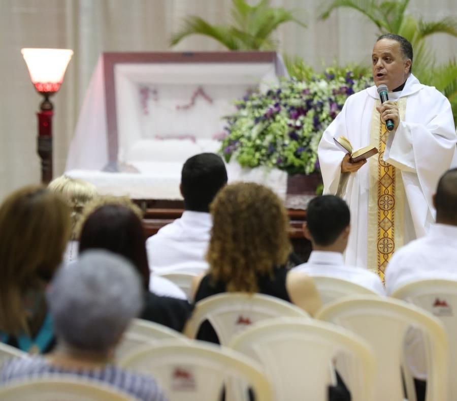 La misa se celebró en el Palacio de Recreación y  Deportes. (semisquare-x3)
