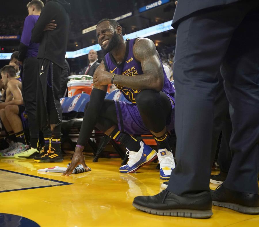 Triunfazo enorme de los Lakers ante los Warriors - Basquetbol