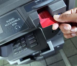 Más intensas y sofisticadas las llamadas de los ladrones para estafar a los clientes bancarios