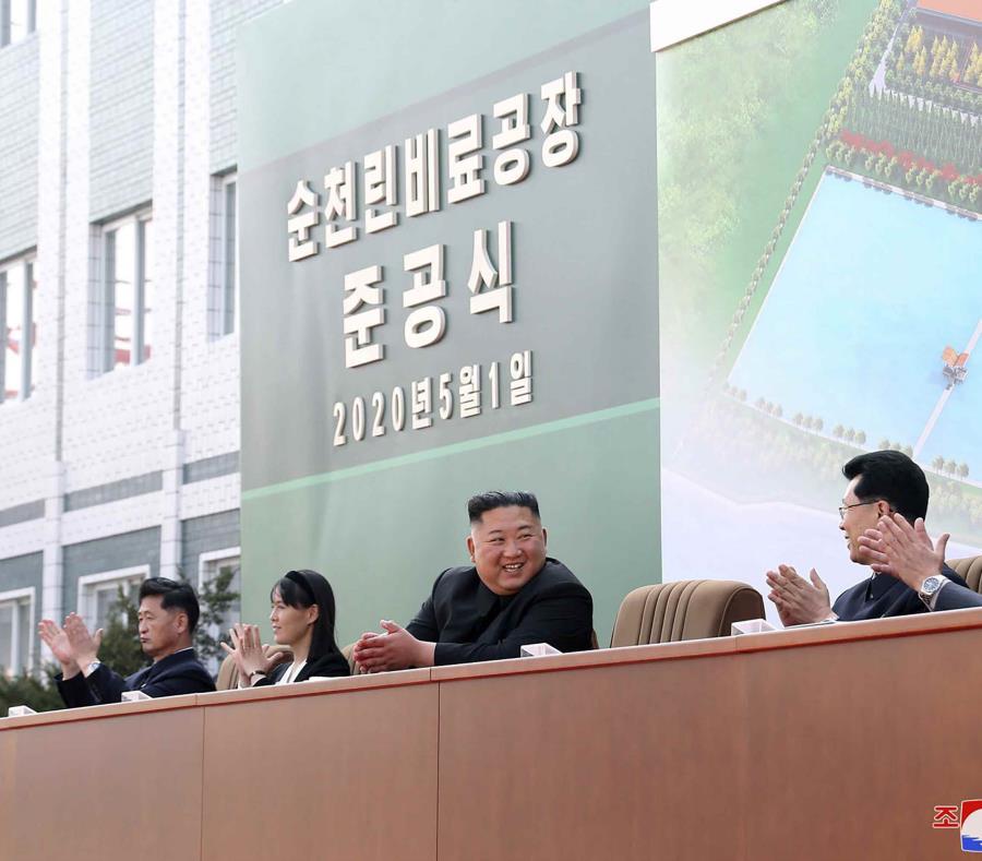 Corea del Norte publica fotos de la reaparición de Kim Jong-un ...