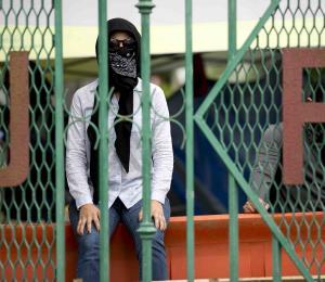 Hay que castigar a los estudiantes huelguistas