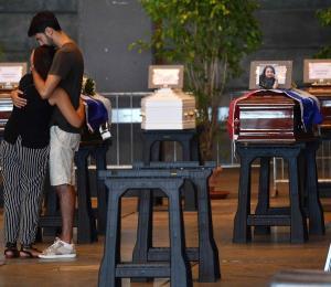 Hay cinco latinoamericanos entre las víctimas del derrumbe del puente en Italia