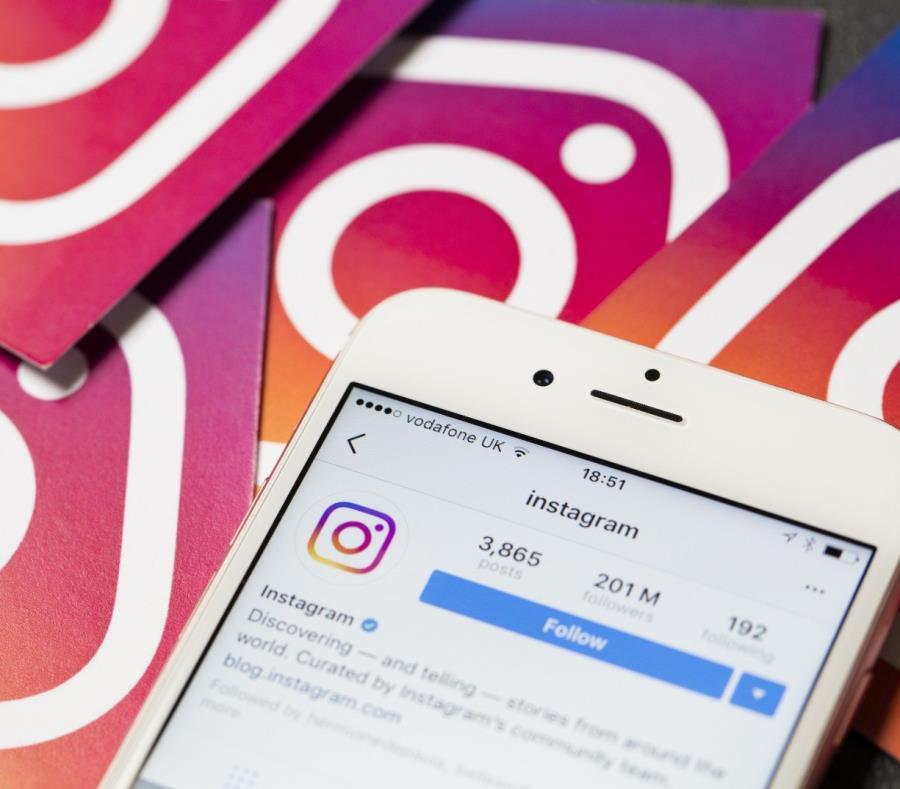 Instagram cuenta actualmente con 1,000 millones de usuarios alrededor del mundo. (Shutterstock) (semisquare-x3)
