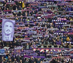 La Fiorentina gana primer juego tras muerte de su capitán