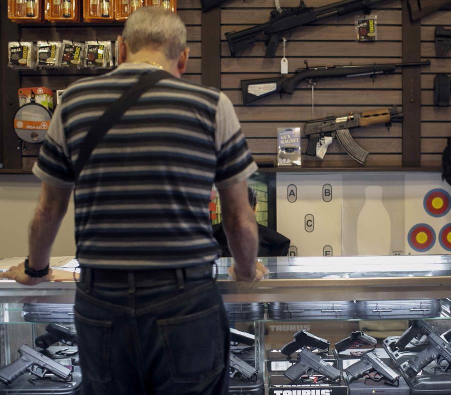 La pieza conserva su esencia al agilizar el proceso para obtener la licencia de armas y buscar que sea más barato. (GFR Media) (semisquare-x3)