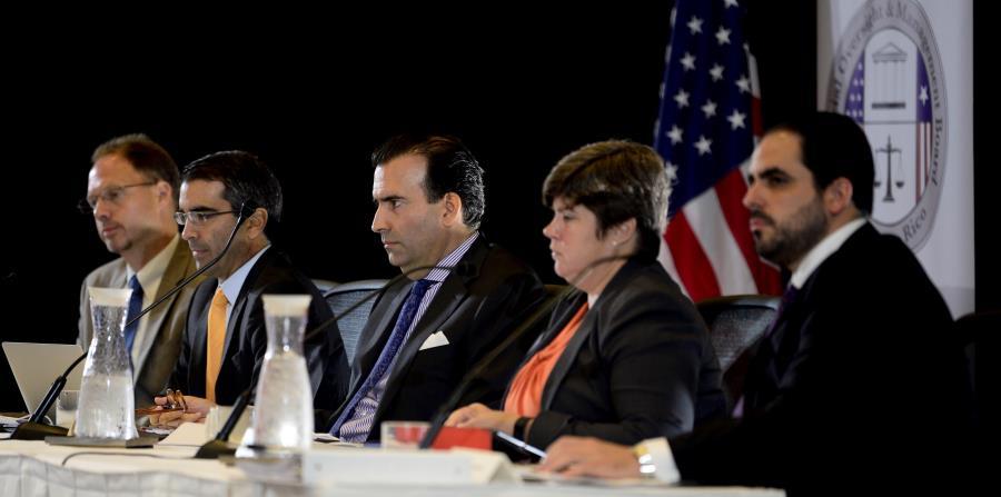 La Junta sostuvo que Rosselló firmó un presupuesto sin certificar por lo que no tiene ningún efecto. (horizontal-x3)